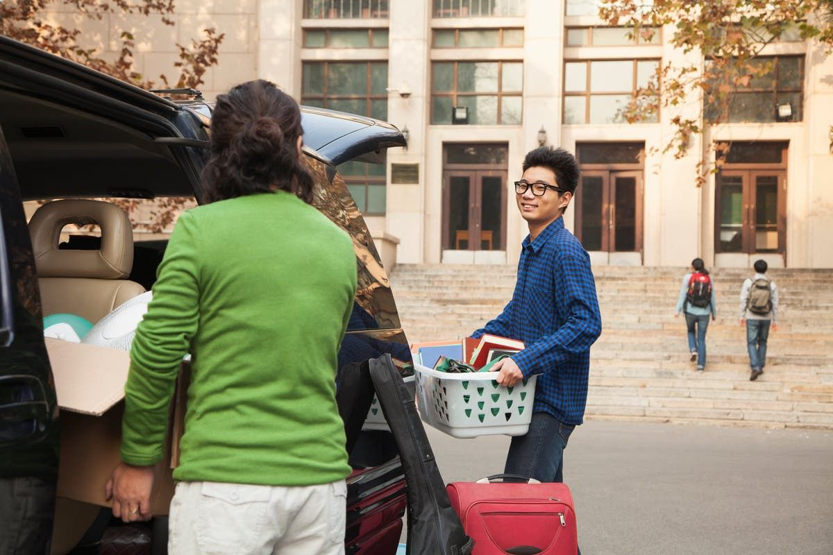 Four ways to help your college student grow up in 2020