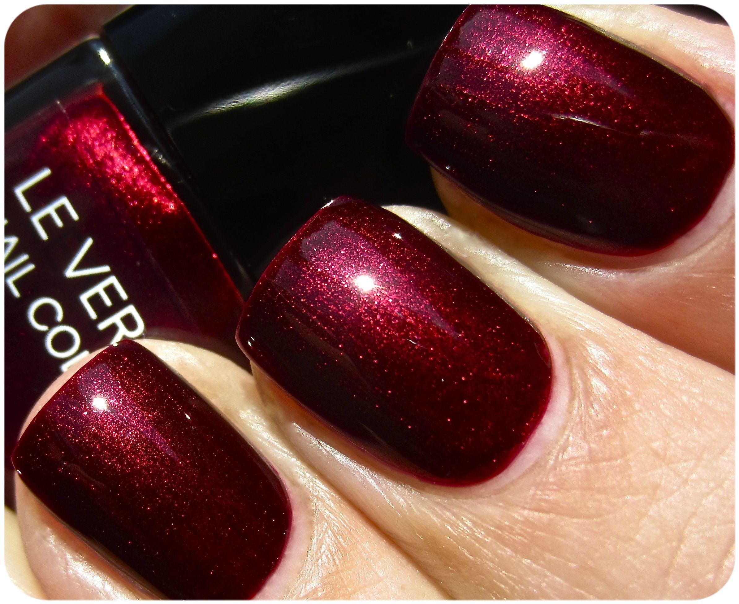 Chanel Le Vernis Malice By Ommorphia Brannak Chanel Nail Polish Chanel Nails Nail Polish
