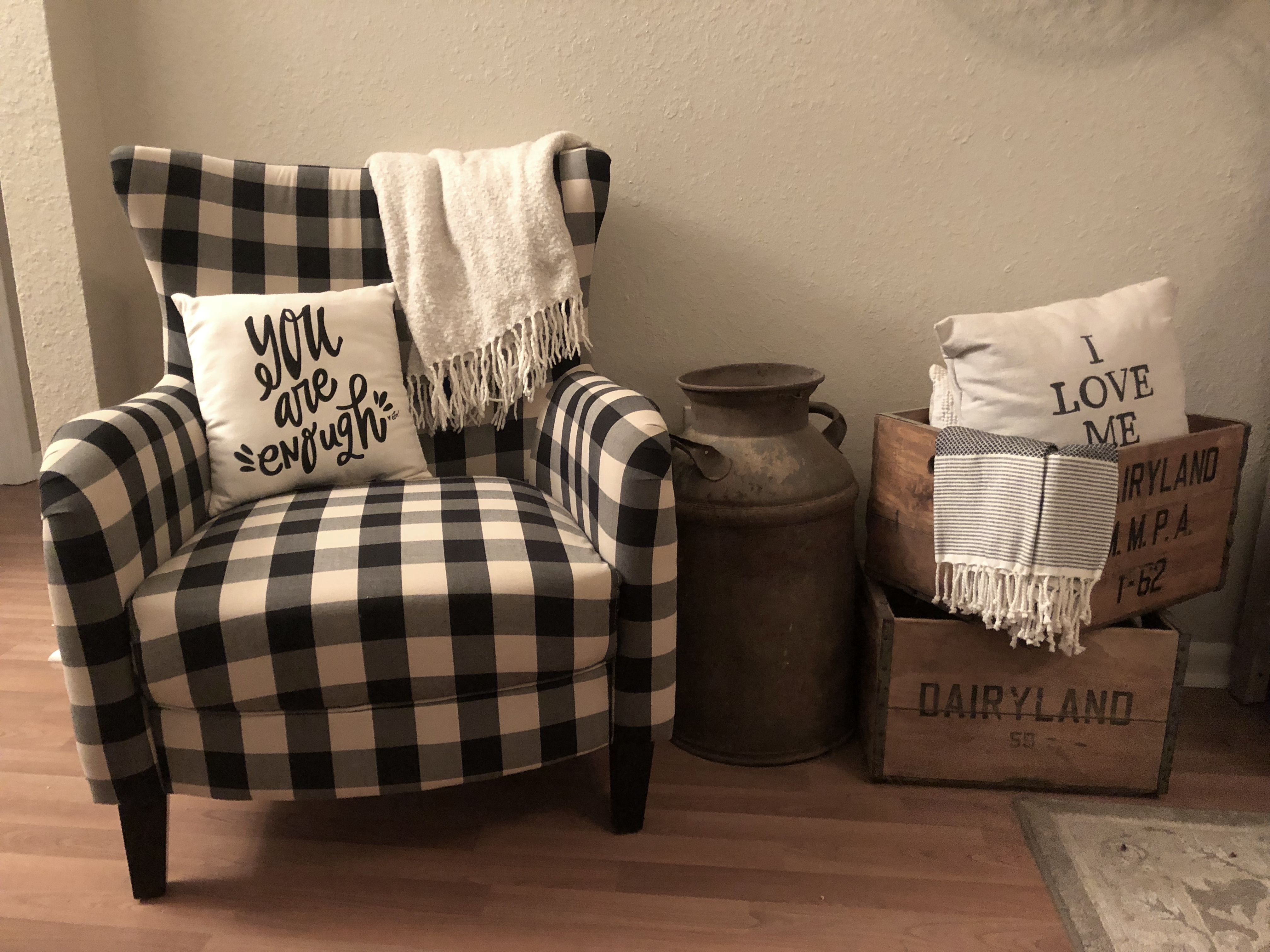 Black And White Buffalo Checkered Accent Chair With Rustic Decor