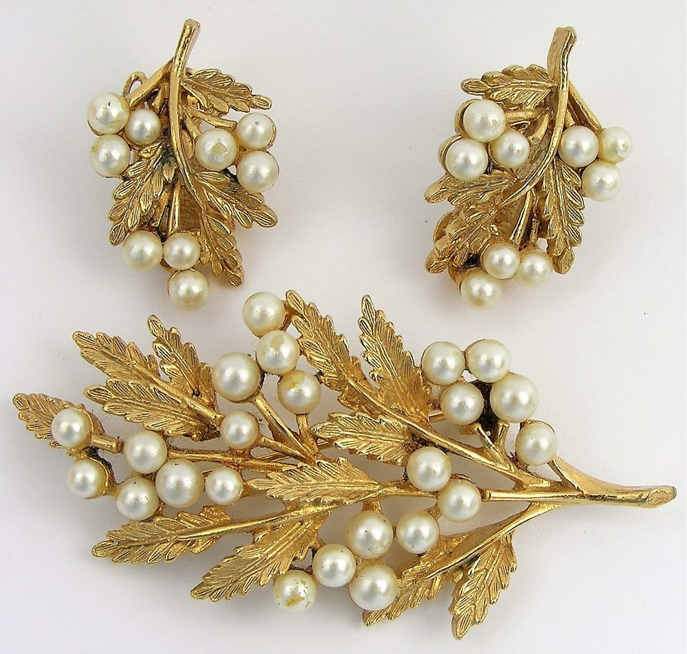 Vtg Designer Signed Set Faux Pearl Cluster Art © Leaf Brooch Clip On Earring Pin #Art