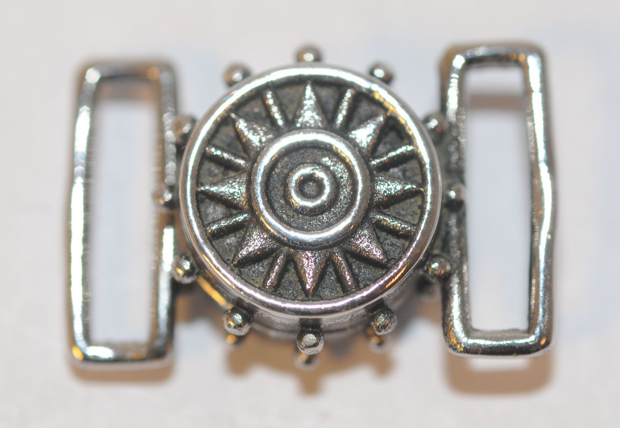 Magnetic Sun Clasp - Detail on Both Sides of Clasp