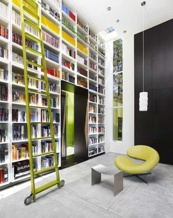 Casa moderna y minimalista lago vista bibliotecas for Casa moderna 9 mirote y blancana