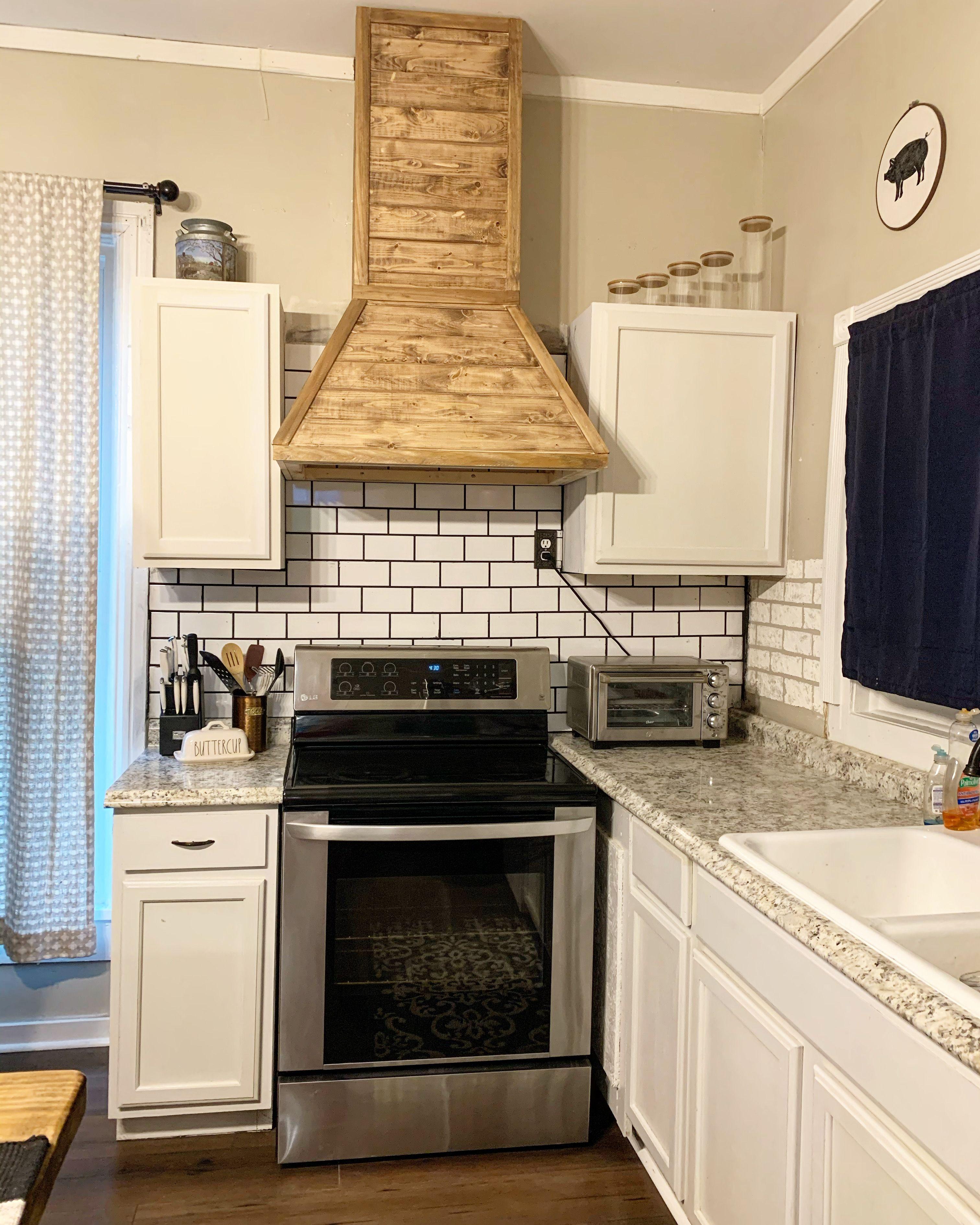 #diy #hoodvent #subwaytile in 2020 | Subway tile kitchen ...