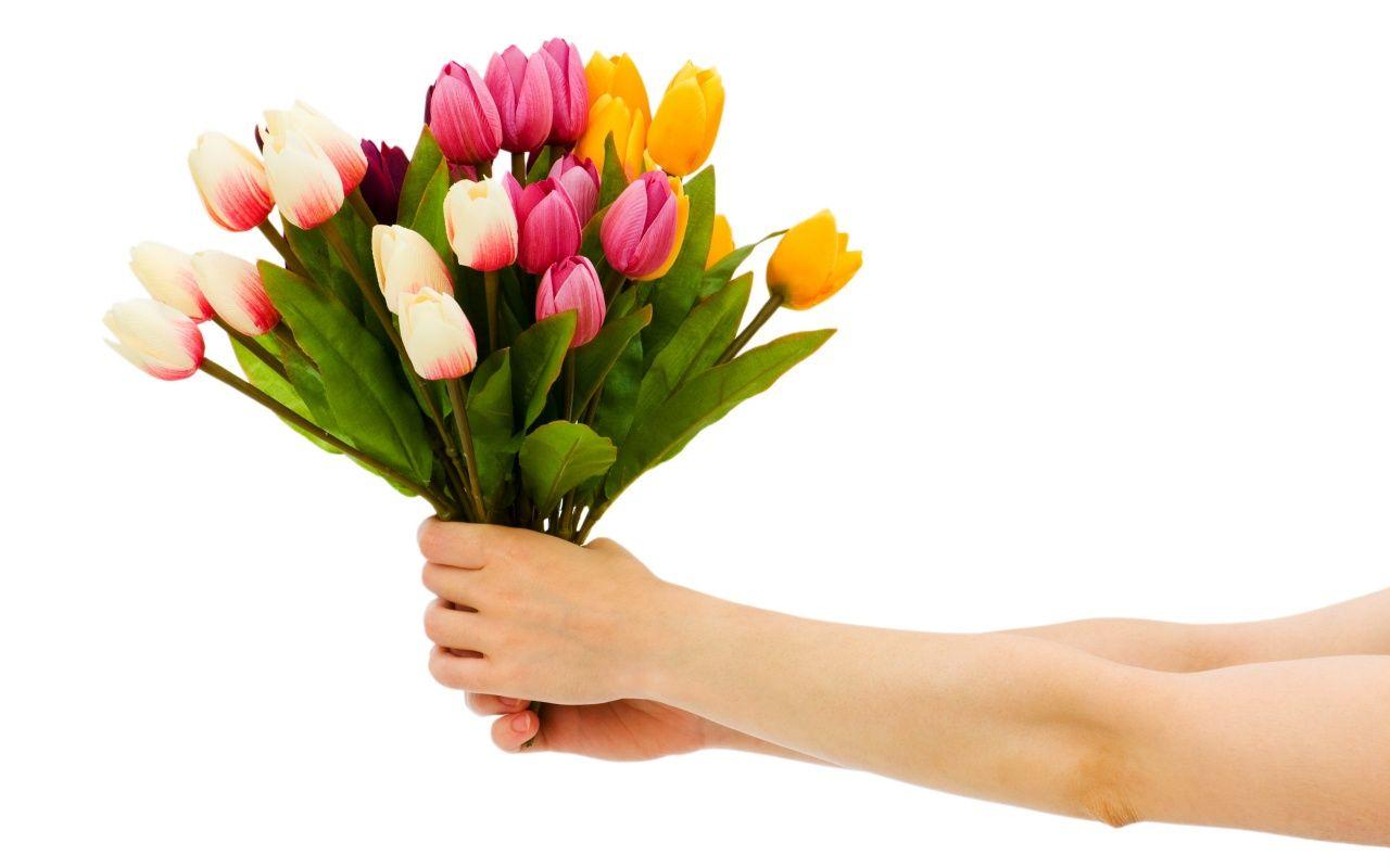 #Recibir #flores aumenta la #autoestima de las personas y mejora su estado de ánimo. Descubre más en nuestro nuevo post :) http://floristanavarro.com/blog/realiza-un-envio-de-flores-el-regalo-perfecto/