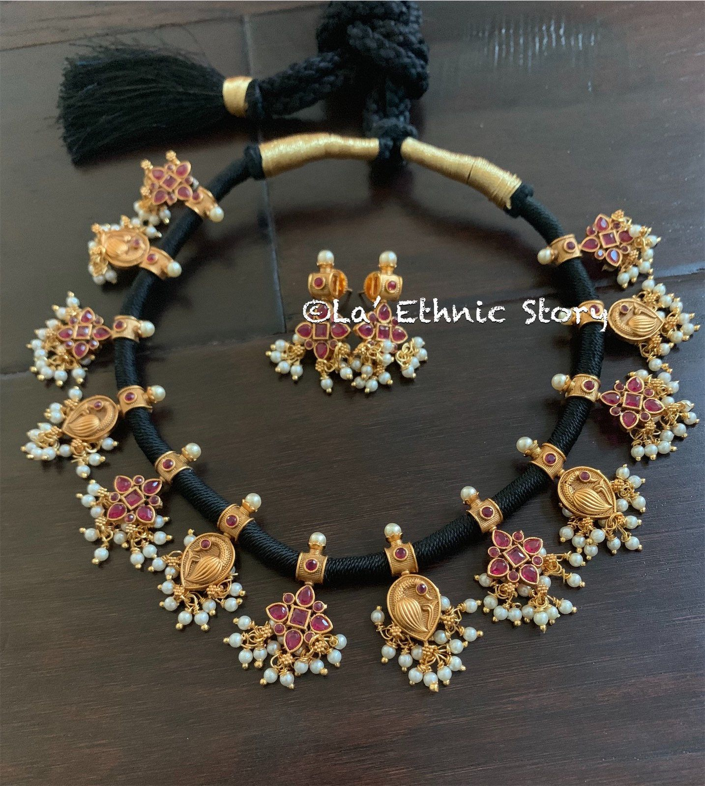 Traditional Indian Jewelry Thread Jewelry Necklaceset Etsy Gold Earrings Designs Indian Jewelry Bangles Jewelry Designs