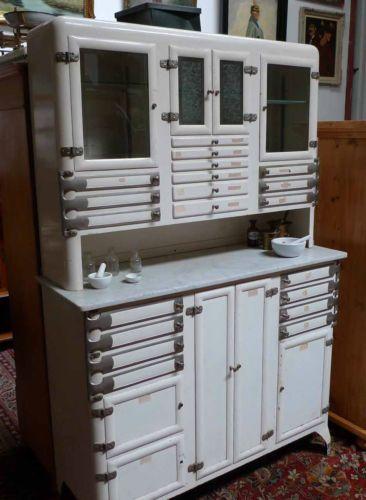 bauhaus peter behrens stahlschrank arztschrank industrie design design the classics. Black Bedroom Furniture Sets. Home Design Ideas