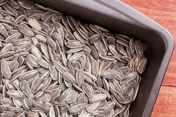 فوائد اللب السوري دوار الشمس منتدى وهران Food How To Dry Basil Healthy