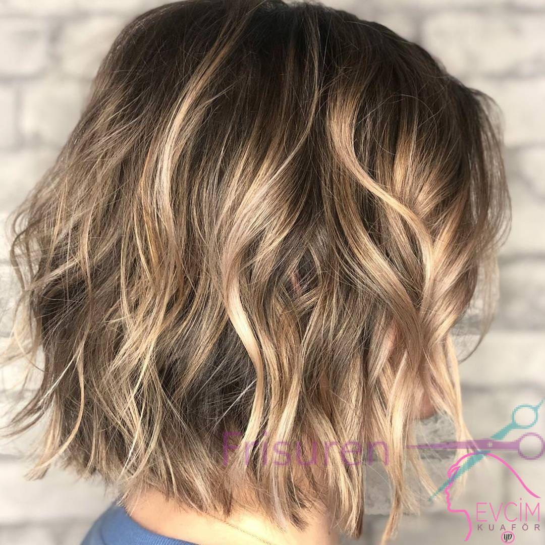 Kurze Frisuren Fur Damen In 2020 Frisuren Frisuren Damen Frisuren Kurz