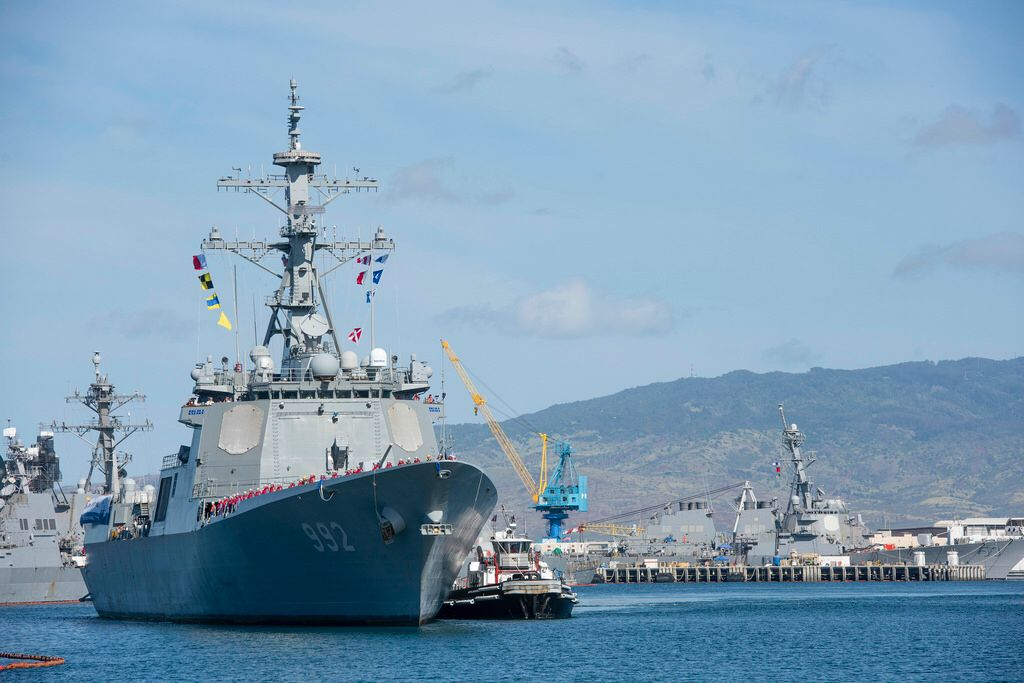 180608 N Qe566 0002 Kapal Perang