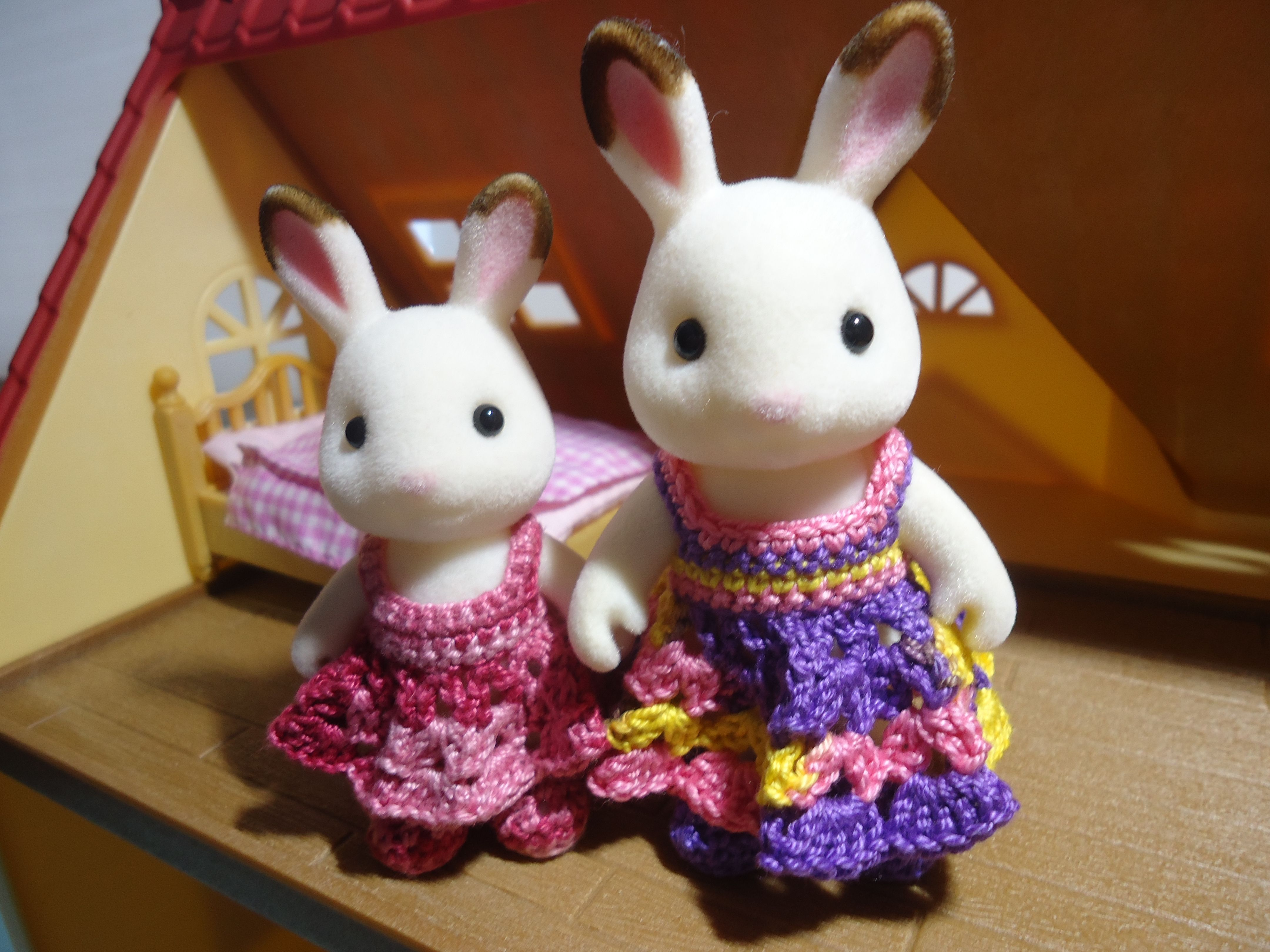 Sylvanian Families Shell-Stitched Dress (Free Crochet Pattern)   Häkeln