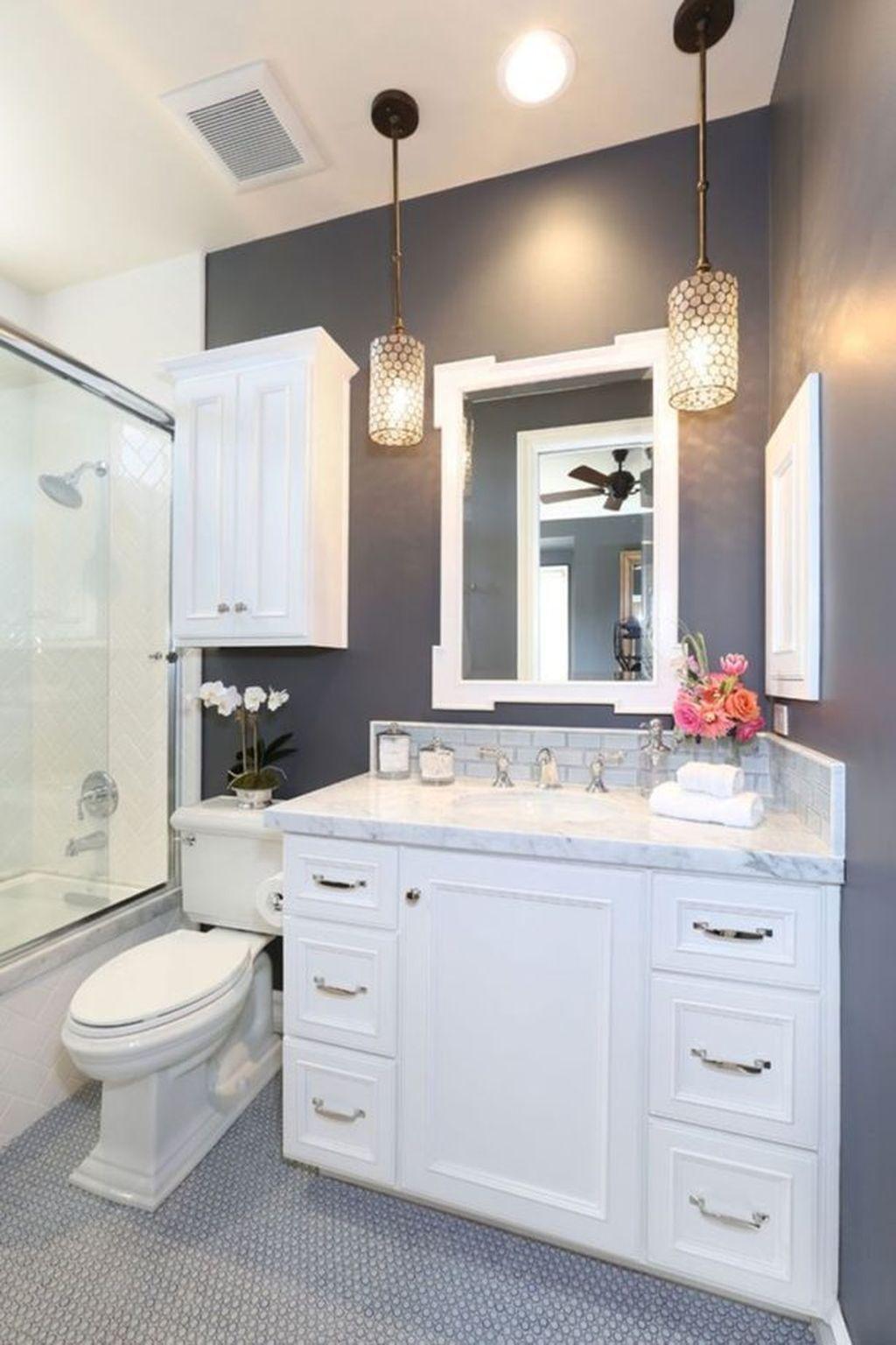 67 Fantastic Minimalist White Bathroom Remodel Ideas | White ...