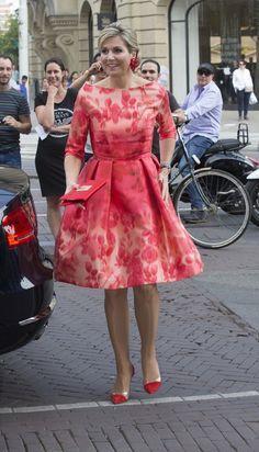 maxima roze jurk