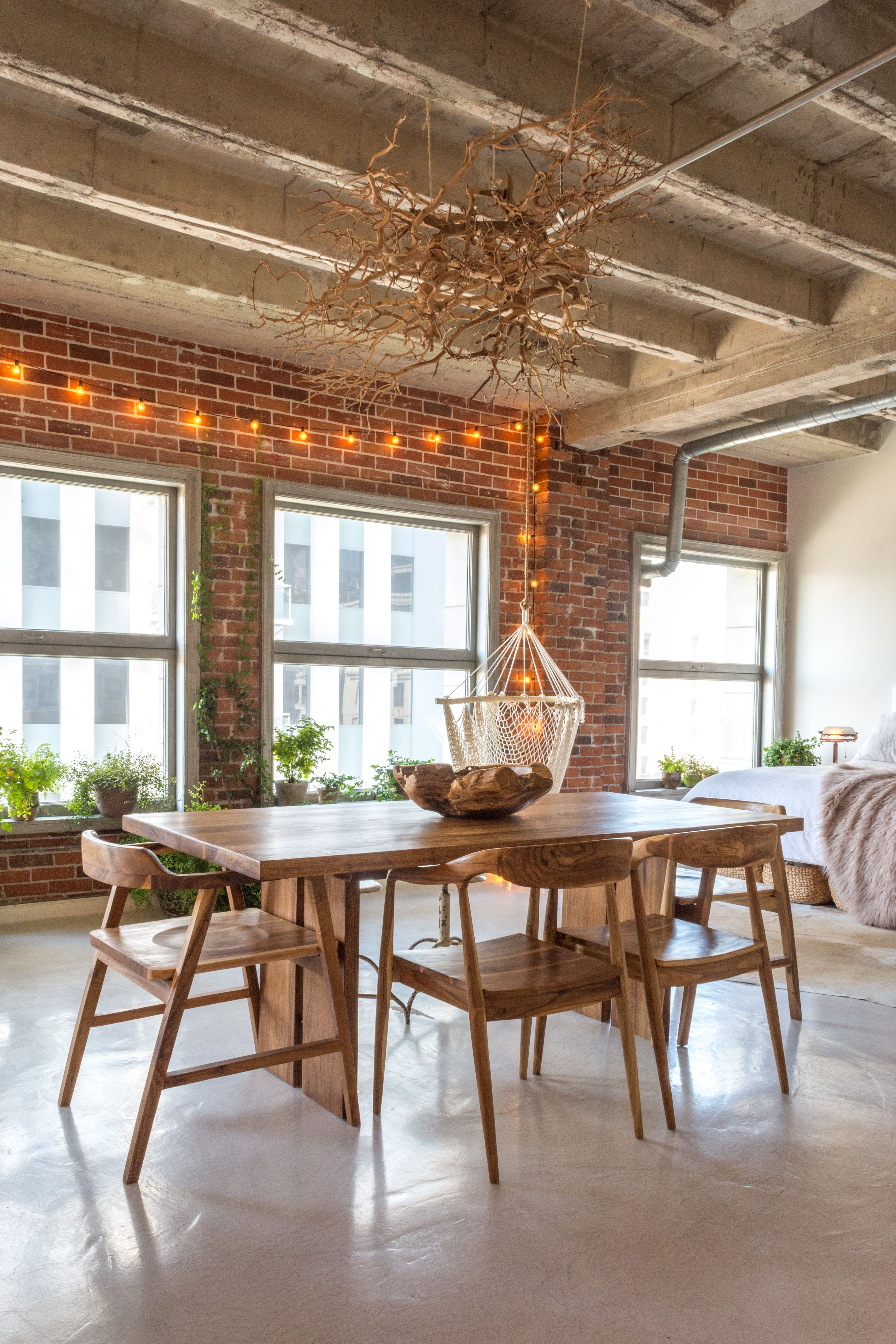 An Artsy Downtown Loft in LA Bursting with Books | Cool ...