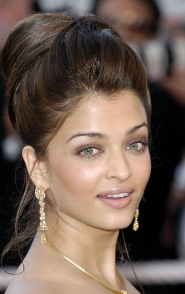 Aishwarya Rai Pictures And Photos Getty Images Aishwarya Rai Images Aishwarya Rai Aishwarya Rai Pictures