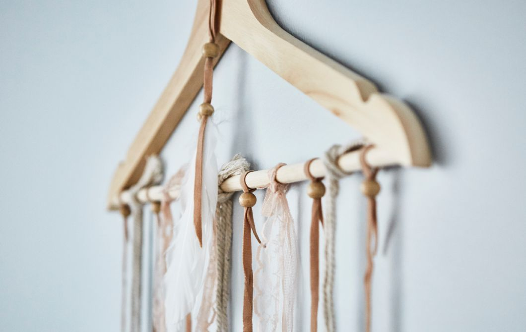 Ikea Kleiderbügel du willst deine zeitungen organisieren dann häng sie doch ganz
