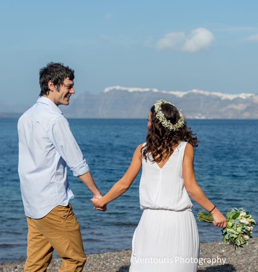 Santorini wedding- bridal hairstyle #flowercrown #bohowedding See more photos here:http://tietheknotsantorini.com/santorini-wedding-bridal-hairstyle
