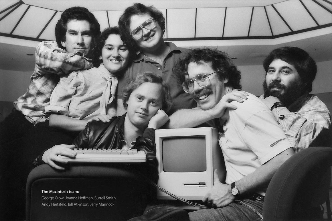 Macintosh Team > 1984   Steve jobs apple, Steve jobs, Apple computer