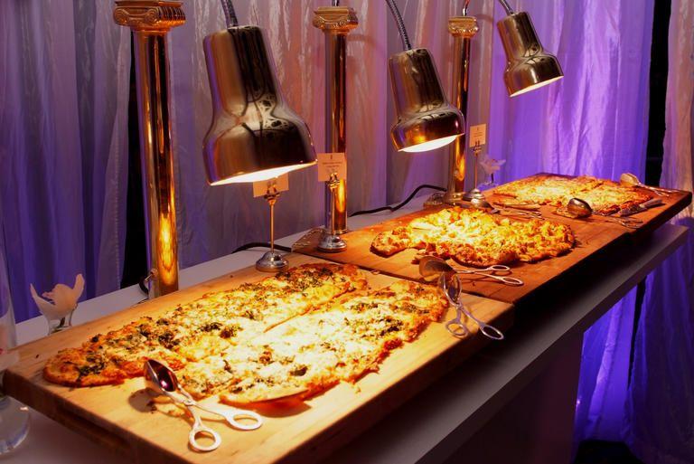 Wedding Food Ideas Get Creative I Do Knot: Stylish Ways To Serve Pizza At Your Wedding