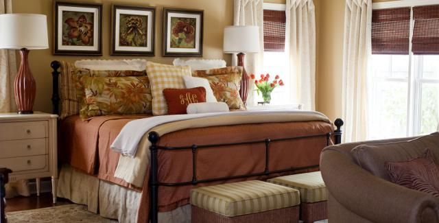 captivating tropical touches living room | Tropical Touch | Home decor bedroom, Guest bedroom decor ...