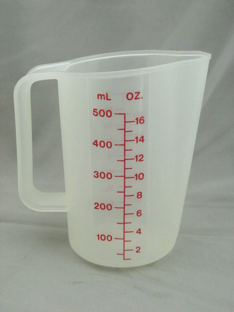 Vintage Tupperware 2 Cup Measuring Cup Red Letters 1669 4