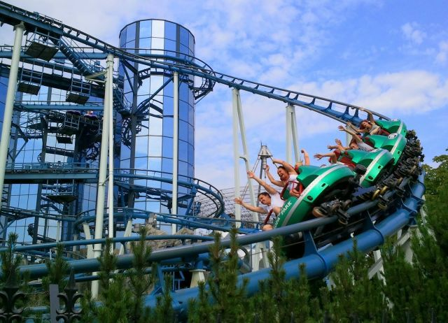 Europa Park Mit Ubernachtung Im 4 Sterne Hotel Watado De Wissen Was Geht Freizeitpark Park Europa