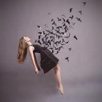 Camminare domandando: Il presagio del sogno e il regalo del tempo.