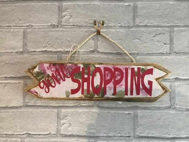 Rustic Wood Gone Shopping Sign #oldpalletsforcrafting