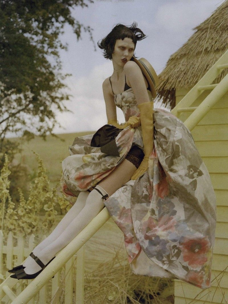 W Magazine Editorial October 2010 - Karlie Kloss by Tim Walker