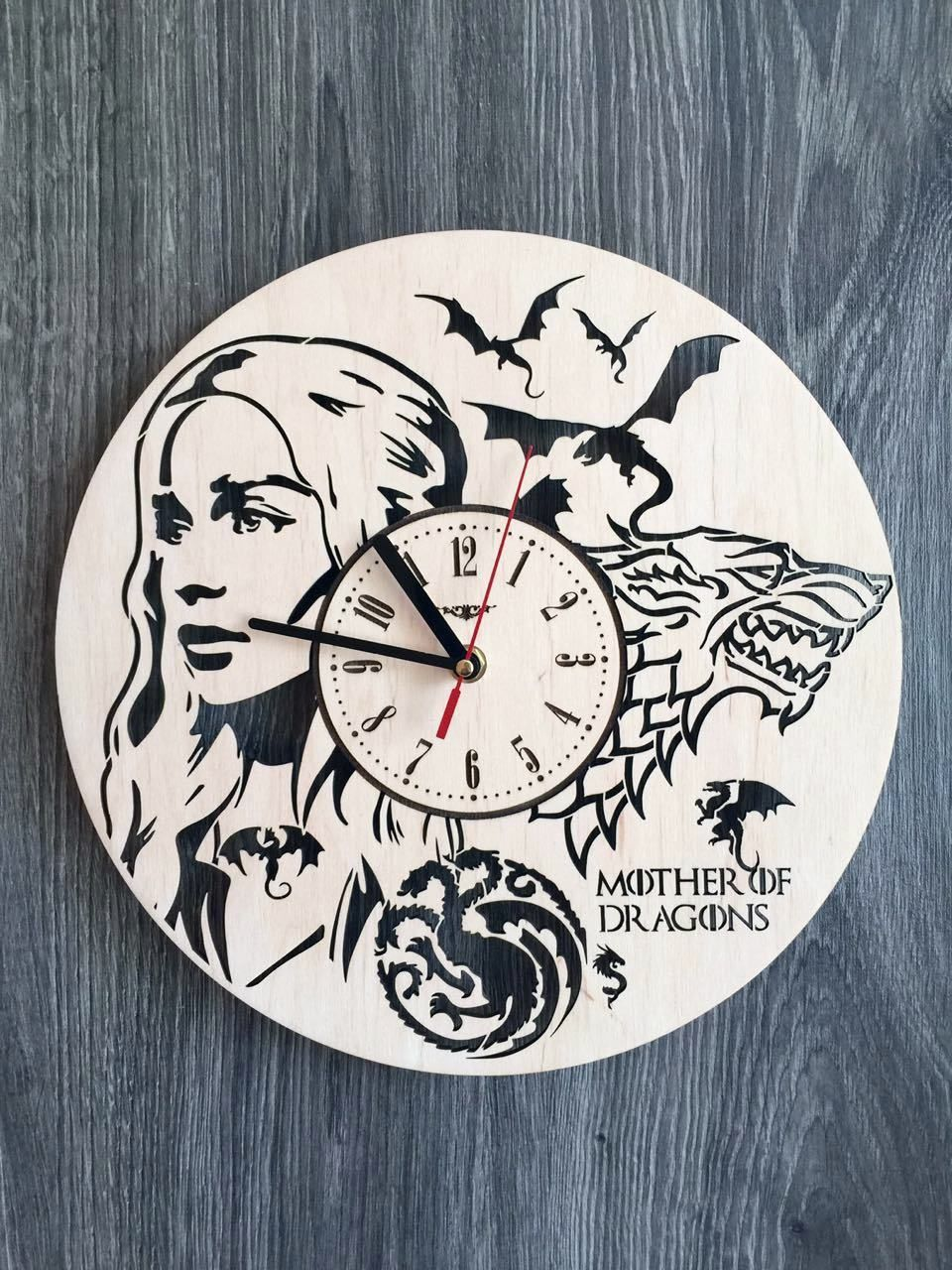 Game If Thrones Wood Wall Clock $31.99 Size   12 In / 30 Cm Really Cool