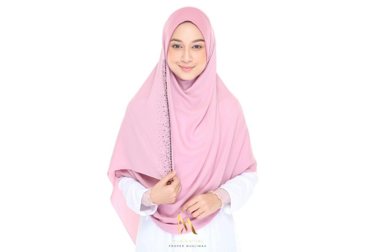 Warna Pastel Pink Awning Cotton Lycra Body Chiffon Panora Opacity 5 5 Tak Perlu Inner Labuh 2 2mx0 75m Semestinya Labuh Fashion Shopping Hijab