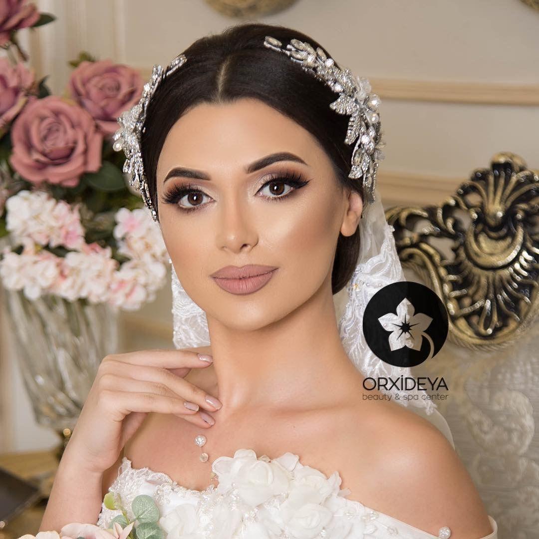 Make Up Bridal Hair Accessories Bride Makeup Engagement Hairstyles