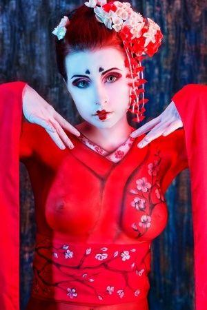 Geisha Makeup Ideas And Trick | Geisha inspired makeup | Pinterest ...