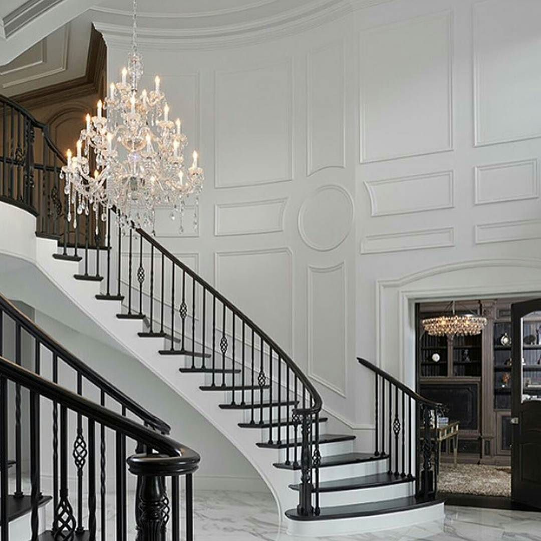 Future Interior Luxury Design: Pin By M On Wainscoting In 2019