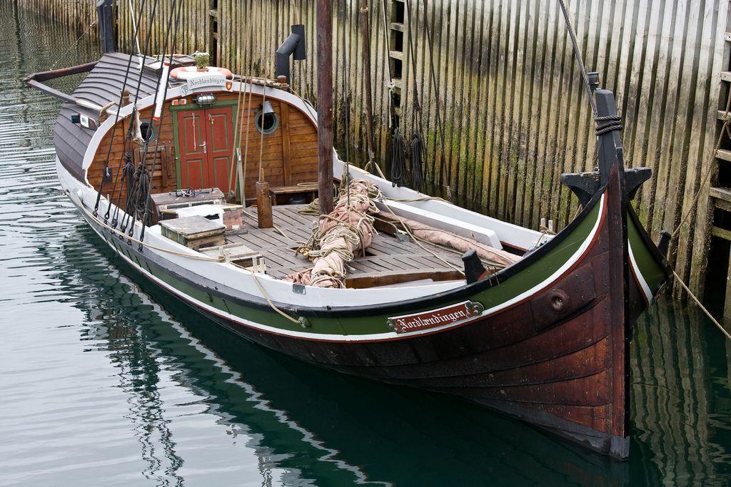traditional norwegian wooden boat building - Google-haku ...