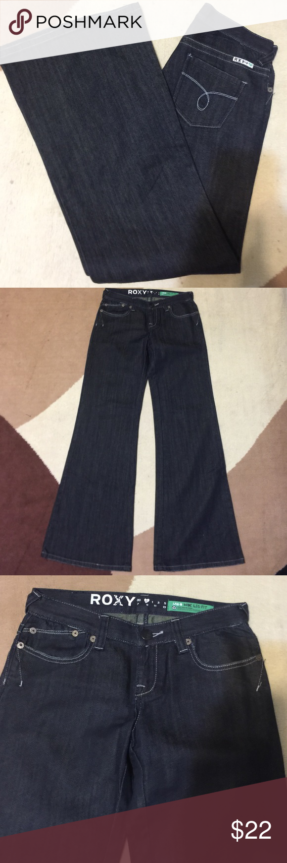 ROXY jeans New with no tag. Wide leg fit Roxy Pants Wide Leg