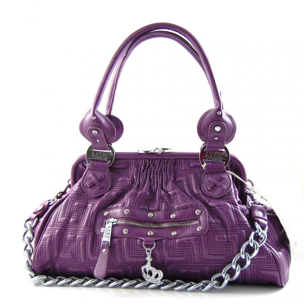 This Marc Jacob's purse would be happier in my closet