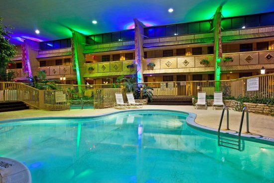 Holidome Pool Rolling Meadows Top 10 Hotels Holiday Inn