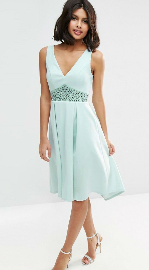 Mint green dress with embellished waist detail | What to wear to a June wedding