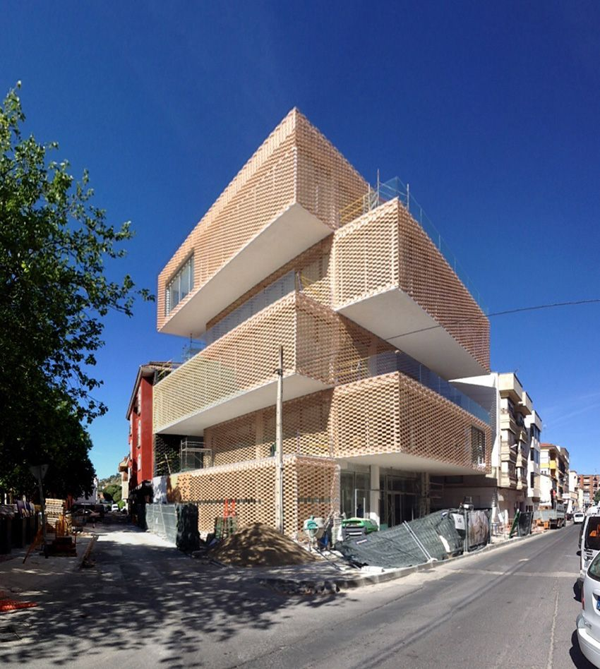 Centro Cultural con diseño de Losada García Arquitectos ...
