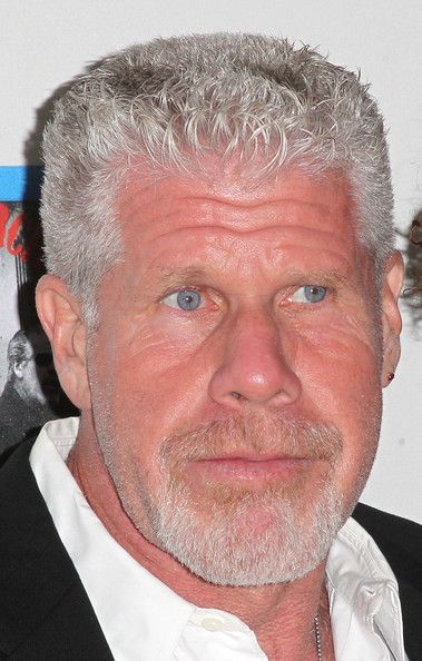 Ron Perlman Photos Photos Screening For Fx S Sons Of Anarchy Season 5 Arrivals Ron Perlman Hollywood Actor Actors Actresses
