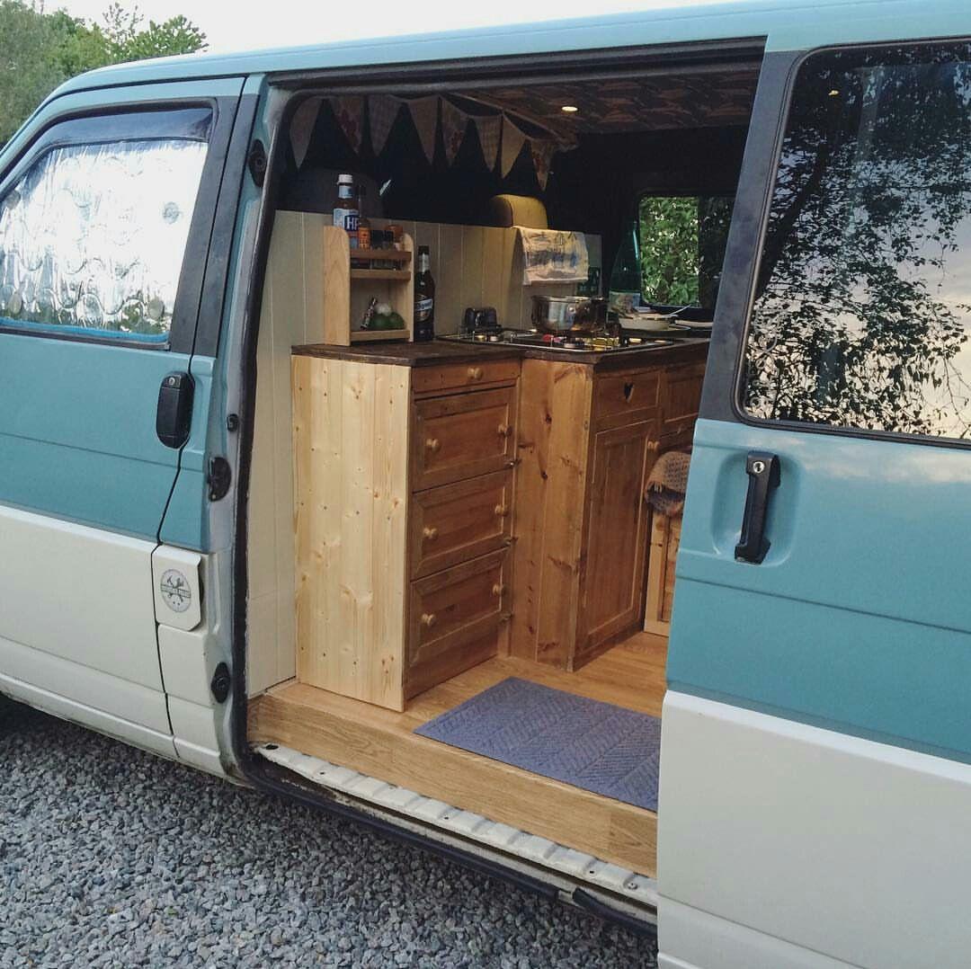tintoptales van adventure pinterest amenagement van camion amenager et fourgon. Black Bedroom Furniture Sets. Home Design Ideas