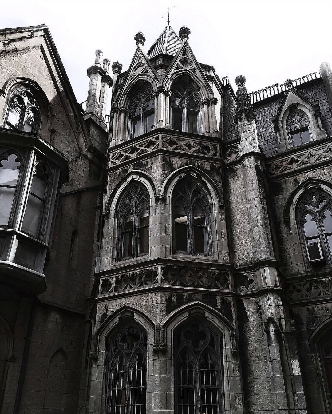 victorian gothic art belayar architecture - 736×917