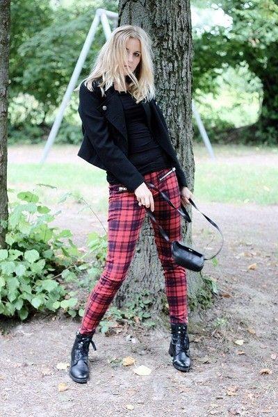 f28090c335fbd red and black check Tartan pants | Grunge | Tartan pants, Plaid ...