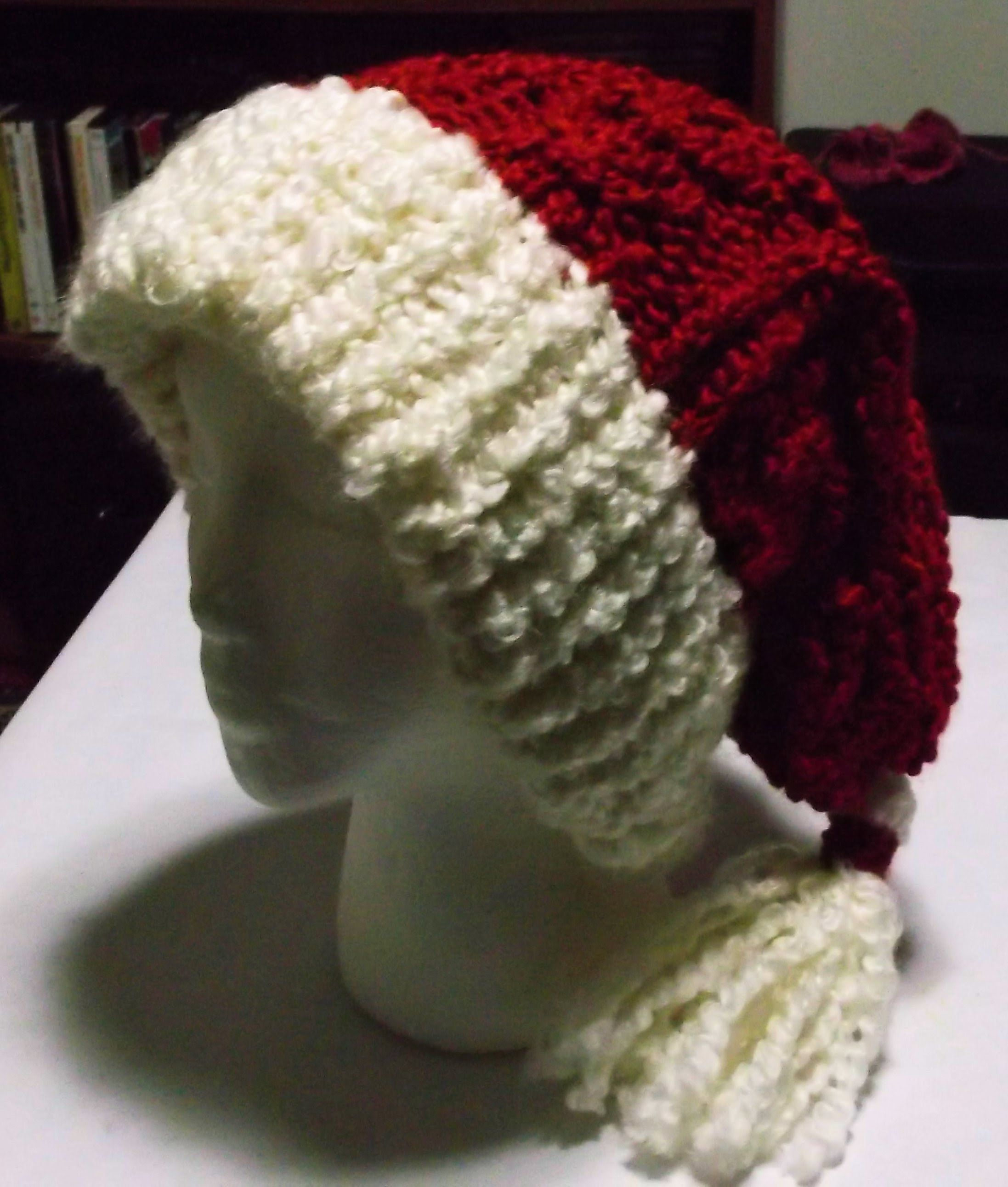 Blog link for written pattern http the loom muse creations and ideas how to loom knit a cabled santa hat by ivy bankloansurffo Images
