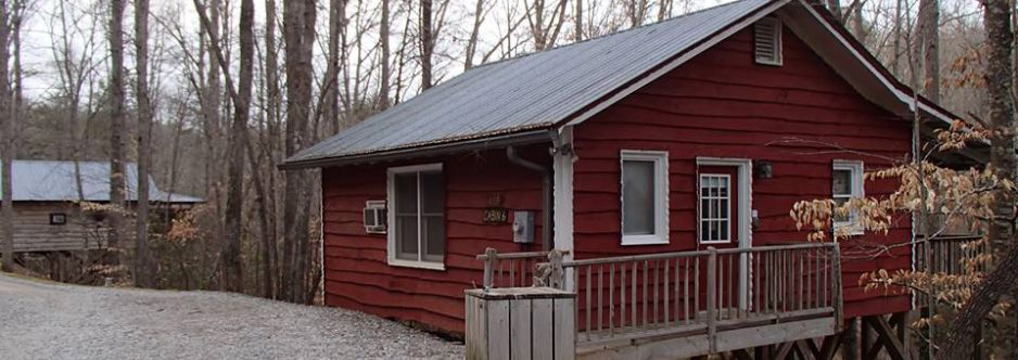 day cedarhouseinnbb cabins best lakeside dahlonega images ga homes lake from cottage rabun tallulah trips on pinterest