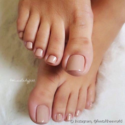 Como fazer as unhas dos pés em 7 passos: veja dicas para acertar na pedicure!