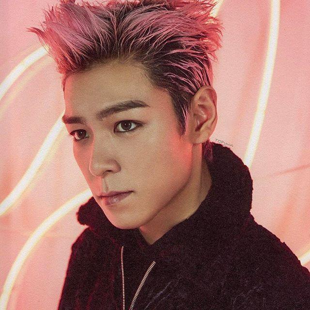 귀신씨 오늘은 퇴소식이네요~  오늘부터 새로운 시작  홧팅 홧팅  2017 WELCOMING COLLECTION SCAN    @choi_seung_hyun_tttop  #choi_seung_hyun_tttop #TOP #탑 #최승현 #choiseunghyun #崔勝鉉 #崔胜铉 #BIGBANG #빅뱅 #yg