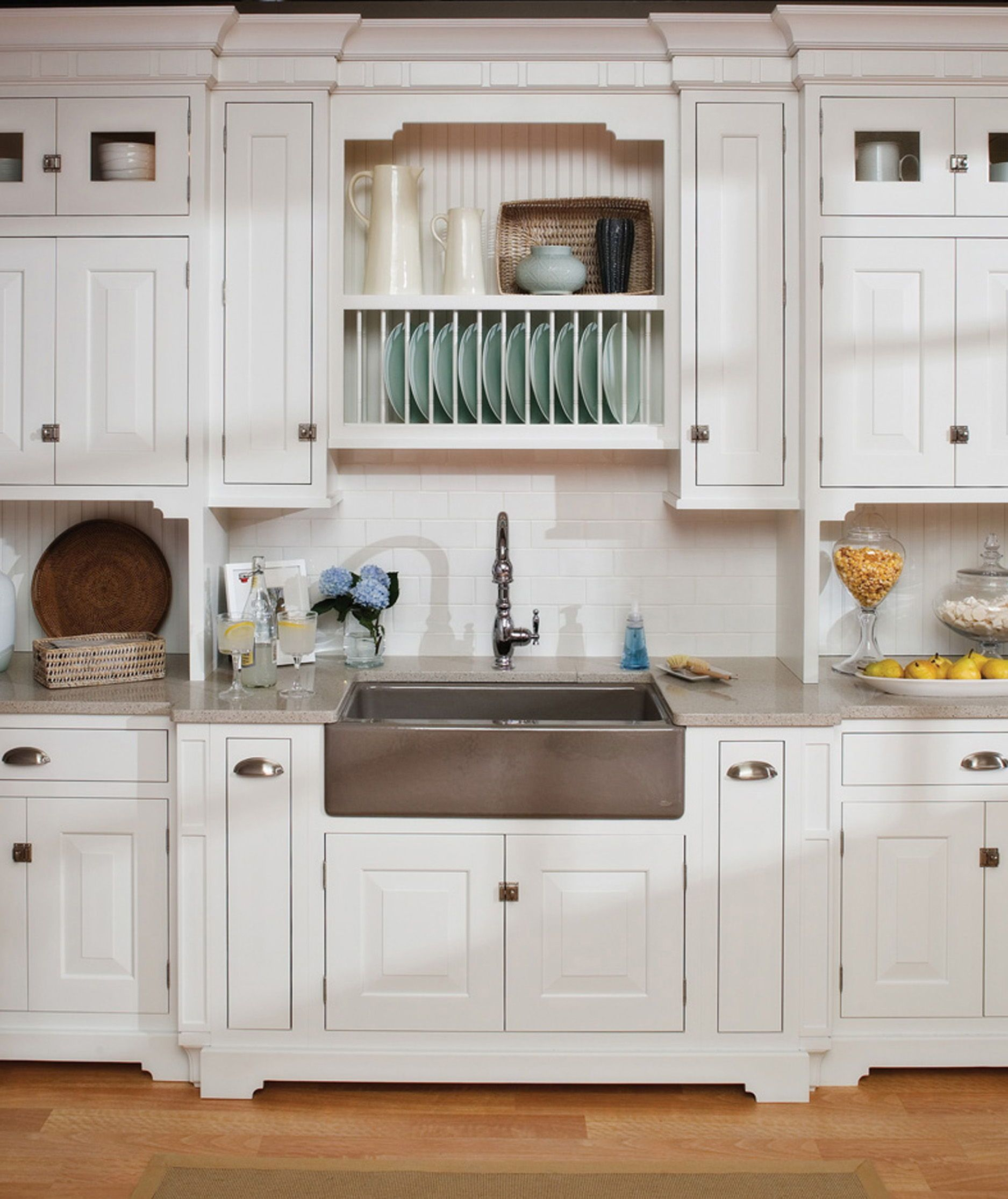 These Sugary White Cottage Styled Cabinets With Inset Doors Are Accented With A Savory Mix Of Kitchen Cabinets Home Depot Home Kitchens Cottage Kitchen Decor
