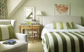 Risultati immagini per colorare parete camera da letto | Arredamento ...