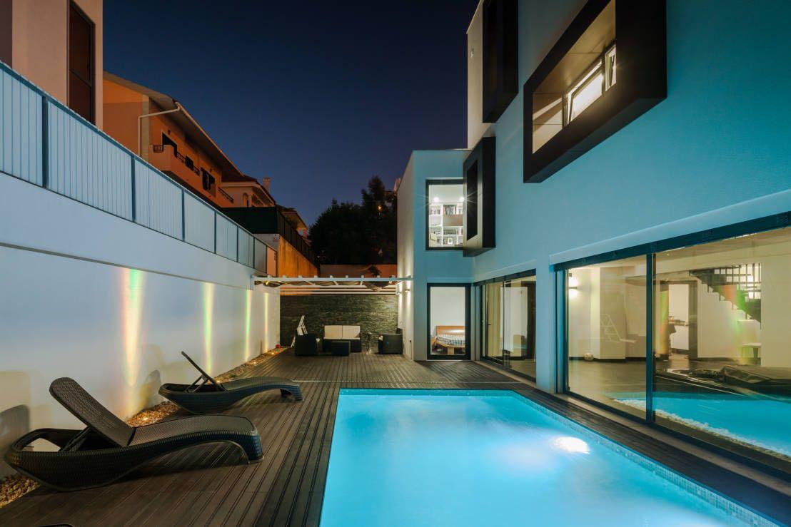 ML House : Piscinas modernas por JPS Atelier - Arquitectura, Design e Engenharia